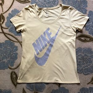 Nike Active Top